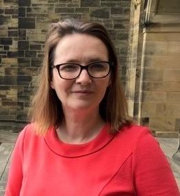 Minister Bangor Uni - deep (3)